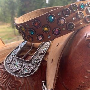 Western Leather Cowgirl Belt with lots of Bling!